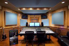 How To Create a Home Studio: Things You Should Know Home Studio Musik, Audio Studio, Music Studio Room, Recording Studio Setup, Kids Studio, Studio Ideas, Room Acoustics, Acoustic Design, Audio Room