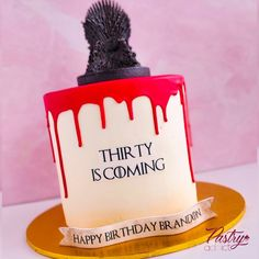 Game of Thrones themed birthday cake. Call or email us to design your dream cake today! #gameofthronescake #gameofthronesparty #gameofthronesbirthdayideas #birthdaycakeideas #30thbirthdaycake #30thbirthdayideas #dripcakes Strawberry Buttercream, Strawberry Filling, Chocolate Buttercream, Game Of Thrones Birthday, Game Of Thrones Cake, Basic Cake, Cakes Today, Themed Birthday Cakes, Dream Cake