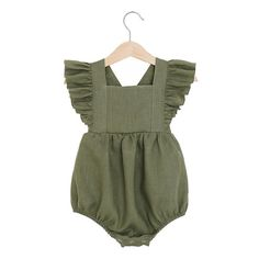 This vintage romper is made of medium weight prewashed pure linen fabric. Features sleeve ruffles, elastics at leg, back wih wooden buttons straps, snaps at the crotch for easy changing. Material: 100% linen. Sizing Guidelines: Newborn (52 cm / 20,5 in. height; 39,5 cm / 15,5 in.