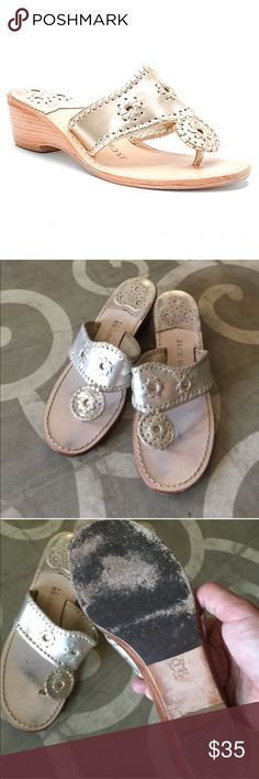 Women's Navajo Hamptons Mid-Wedge platinum sz. 8 Handcrafted in the U.S. of high-quality metallic leather that forms to the foot for a custom fit, this women's thong-style wedge sandal is accented with matching metallic leather whipstitching for a signature, artisan look. The leather-covered footbed absorbs moisture for enduring comfort. The Jack Rogers Navajo Hamptons Mid-Wedge thong sandal is finished with a stacked wedge heel for feminine lift and a leather and synthetic sole for rich…