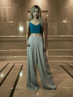 Gli Arcani Supremi (Vox clamantis in deserto - Gothian): The New Style: fashion, outfits and trends for 2019 Disney Channel, New Teen, I Adore You, Fairy Godmother, Single Women, Mode Outfits, Beautiful Outfits, Ideias Fashion, Womens Fashion
