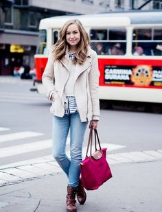 Pop of color.  Pinned by The Jetzy Life www.JetzyBags.com
