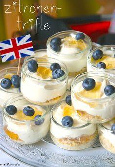mellimille: Herrlich erfrischend : Zitronen-Trifle mit Heidelbeeren