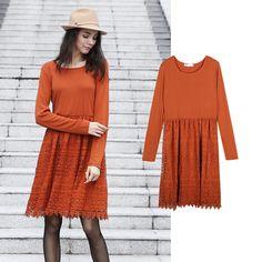 Kleid mit Spitzenrock