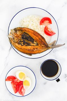"""""""Daing na Bangus"""" #FilipinoFood fried fish marinated in garlic and vinegar."""