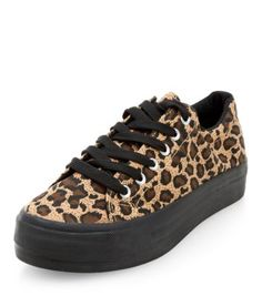 - Wide fit- All over leopard print- Lace up fastening- Contrast flatform sole