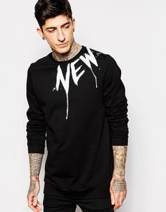 Shop ASOS Longline Sweatshirt With New York Yoke Print at ASOS. Printed Sweatshirts, Mens Sweatshirts, Printed Shirts, Shirt Logo Design, Shirt Designs, Trendy Hoodies, Mens Fashion Sweaters, Dad To Be Shirts, Casual T Shirts