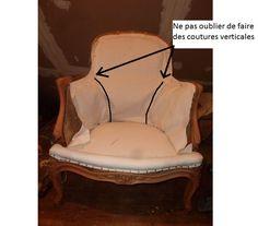 """Chers amis tapissiers amateurs, vous avez peut-être déjà rencontré ce genre de problème sur une Bergère ou sur un fauteuil crapaud : vous tendez le tissu et au niveau du bas du dos """"ça plisse""""!!!..."""