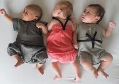 This reminds me of the triplet sitting I missed this weekend! :(  I love those Gastiaburo/Godoy/Forde babies!