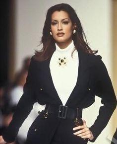 68 Best Ideas For Fashion Supermodels 2000s Fashion, Retro Fashion, High Fashion, Fashion Show, Vintage Fashion, Fashion Outfits, Fashion Design, Fashion Rings, Vintage Clothing