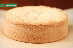 Sponge cake is one of the most basic cake recipes, especially in French pastry… Sponge Cake Recipe From Scratch, Sponge Cake Recipes, Food Cakes, Cupcake Cakes, Cupcakes, Bahamian Food, Basic Cake, Cake Ingredients, Cake Cookies