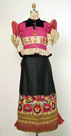 beautiful embroidery on the bottom of the apron. Matyo, Hungarian.