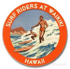 オールポスターズの「Surf Riders at Waikiki」木製看板