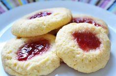 Custard thumbprint biscuits recipe - goodtoknow