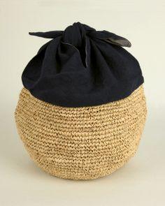 Azuma bag navy blue linen and raffia - from nakagawa-masachichi.jp
