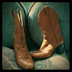 Vintage congac western/cowboy boots Size 6.5 B. Absolutely adorable Western/cowboy boots. Recently re-heeled and soled. In fabulous vintage condition. Block heel.  Would go for $40 on etsy. Justin Shoes Ankle Boots & Booties