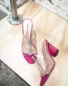 8aab0c5d37 38 melhores imagens de Sapatos rosa em 2019