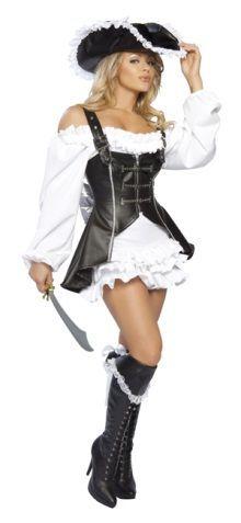 Fekete-fehér kalóz lány