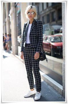826875c5f3 36 melhores imagens de Trajes femininos para escritório