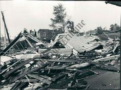Canton,IL tornado of 1975 Canton Illinois, Tornado Damage, Old Photographs, Local History, Paris Skyline, Culture, Places, 1975, Travel