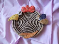 coiley plates sound epic and cooly textured! Ceramic Birds, Ceramic Animals, Clay Animals, Ceramic Clay, Clay Art Projects, Ceramics Projects, Clay Crafts, Pottery Plates, Ceramic Pottery