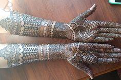 Bridal Mehndi Artist in USA  Bridal Henna Design Services in Atlanta, GA   http://www.indweds.com/fashion-beauty/henna-artist-atlanta-ga/