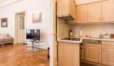 Gyönyörű konyha // Beautiful kitchen Luxury Kitchens, Budapest, Kitchen Cabinets, Storage, Furniture, Beautiful, Home Decor, Luxury, Purse Storage