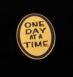 Alcoholics Anonymous One Day at A Time Lapel Hat Vest Pin NA Narcotics Al Anon | eBay