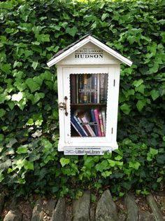 Such a cute idea! Little free library for your hood. Leave a book, take a book. #lovemyhood
