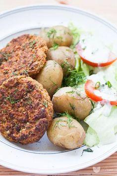 Dill cutlets from young cabbage - erVegan Salmon Burgers, Baked Potato, Vegan Recipes, Vegan Food, Nom Nom, Cabbage, Recipies, Veggies, Gluten Free