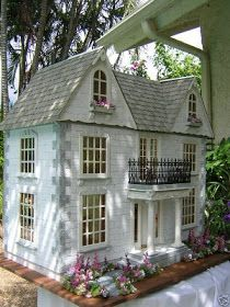 Dollhouses by Robin Carey: The Van Buren I'm not sure what design doll house I want, but I am discovering there are so many! Dollhouses by Robin Carey: The Van Buren I'm not sure what design doll house I want, but I am discovering there are so many! Miniature Rooms, Miniature Houses, Miniature Furniture, Dollhouse Furniture, Barbie Furniture, Fairy Houses, Play Houses, Doll Houses, Mini Houses