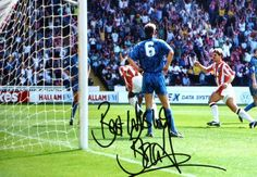 http://www.sportsignings.com/images/products/products/SHEFFUTD/2.jpg