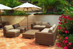 This gallery of patio design ideas offers pictures of different styles of outdoor patios. Find out which patio design is best for your home's backyard. Indoor Outdoor Furniture, Wicker Furniture, Outdoor Spaces, Outdoor Living, Outdoor Decor, Wicker Chairs, Furniture Ideas, Backyard Furniture, Outdoor Lounge