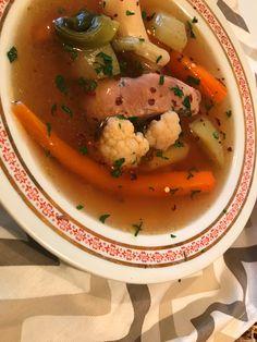 Vitamindús terápiás kacsahúsleves tavaszi zöldségekkel Thai Red Curry, Ethnic Recipes, Food, Essen, Yemek, Eten, Meals