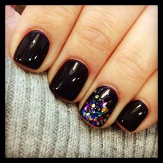 19 ideas nails dark sparkle new years for 2019 The Effective Pictures We Offer You About fake nails A quality picture can tell you many things. Dark Nails With Glitter, Glitter Nails, Purple Nail, New Year's Nails, Nails For New Years, Shellac Nails, Nail Polish, Jamberry Nails, Garra