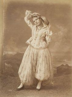 http://www.dziriya.net/forums/sujet-traditionnel.php?p=123388=1=dziriyattes-z-man-il-etait-une-fois-le-traditionnel Algeria Arab White Cotton Kaftan Turban
