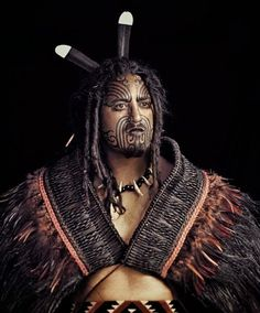 The Maori people are New Zealand natives with an amazing history. Photographer Jimmy Nelson, has made it his mission to help preserve their culture. We Are The World, People Around The World, Ta Moko Tattoo, Maori Tattoos, Jimmy Nelson, Maori People, Indigenous Tribes, Maori Art, Interesting Faces