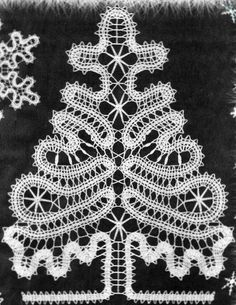 Russian bobbin lace. Stylised spruce tree. #Russian #lace