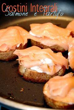 crostini integrali salmone e tartufo