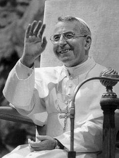 Albino Luciani, Pope John Paul I, the Smiling Pope. JUAN PABLO I ,EL PAPA DE LA SONRISA. TU FUISTE COMO ROCÍO, PARA LA IGLESIA