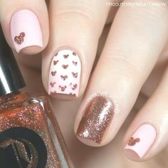 Disney Nails Minnie Look at the 25 stunning nail designs (step by step tutorials). Now, It's your time to try some of these designs and give your nails a quick makeover.Bu desenlere bayılacaksınız. Her biri o kadar güzel ki. Taşlı Disney Nails, Hair Coloring, Fancy Nails, You Nailed It, Nail Artist, Grey's Anatomy, Nail Ideas, Claws, Nail Designs