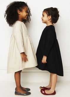Percentil & Black and White moda infantil Fashion Kids, Little Girl Fashion, My Little Girl, My Girl, Stylish Kids, Kid Styles, Beautiful Children, Kind Mode, Kids Wear