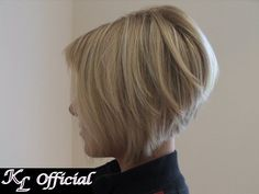 short blonde a line bob pictures 2