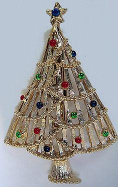 VTG GERRYS CHRISTMAS TREE PIN GOLDTN ENAMEL BLU RS STAR