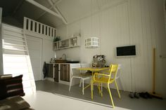 Beach house/Strandhuisje, Katwijk  - view from the couch