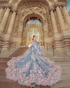 "217 Me gusta, 2 comentarios - Catherine凱瑟琳婚紗攝影 (@catherine_wedding) en Instagram: ""好美的色彩。用了8層不同色調的軟紗堆疊出不同層次的美。"""