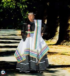 African Print Skirt, African Print Fashion, African Prints, African Fashion Dresses, Xhosa Attire, African Attire, African Dress, Casual Work Outfits, Work Casual