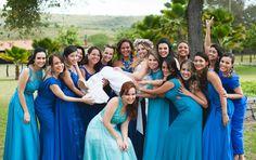 Fotos divertidas com as madrinhas! Casamento Jéssika e Eduardo. #casamento #madrinhas #noiva #fotosdivertidas #fotododia #wedding #bride #noivinhasdeluxo