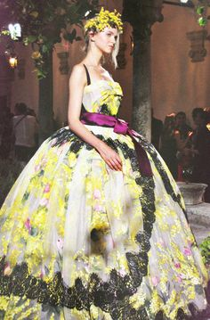 Dolce & Gabbana Alta Moda winter 2012. A cute butterfly, flower and cupcake, all in one.