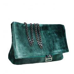 Colección Jackie terciopelo degradado verde Madrid, Bags, Fashion, Handmade Handbags, Velvet, Fabrics, Fur, Green, Handbags